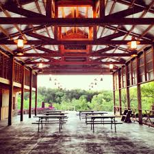 tent rental st louis 5 questions to ask before booking a st louis barn wedding venue