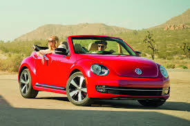 2013 volkswagen beetle convertible revealed autoevolution
