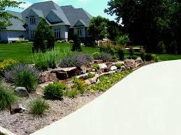 Garden Driveway Ideas Corner Garden Driveway Livingroom Design Modern Minimalist