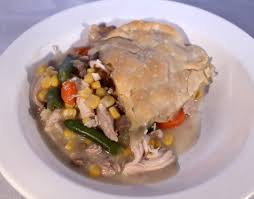 7 ways to use thanksgiving leftovers turkey pot pie you can