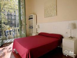 location chambre barcelone location appartement dans un immeuble à barcelone iha 51281