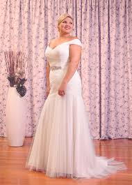 wedding dress size 16 plus size wedding dress of the week the pretty pear plus
