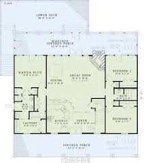 floor plan for one story house square house plans 40x40 the makayla plan has 3 bedrooms and 2