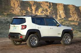 jeep trailhawk lift kit the jeep renegade commander concept has production potential 2016