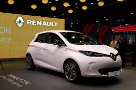 renault europe renault zoe still dominates europe electric car sales longer