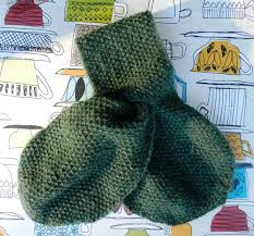 knitting pattern bow knot scarf a knitted keyhole scarf from 1948 irisarctica