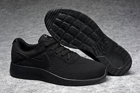 Nike Tanjun Black nike tanjun running shoes black black 812654 001 s30073
