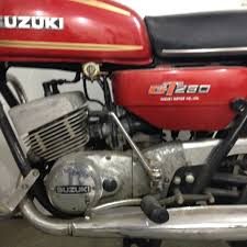 1976 suzuki gt250 unrestored the art of motorcycle restoration