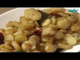 pomme en robe de chambre mangeons veg petites pommes de terre étouffées en robe de chambre