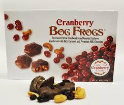 cranberry bog frogs 8oz kandy korner