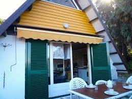 Immobilien Nurdachhaus Kaufen Ferienwohnungen Brezzo Di Bedero Haus Villaggio Olandese 2 Auf
