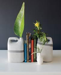 Diy Plastic Bottle Vase Diy Idea Bottle Bookends Visi