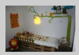 lit chambre enfant lit chambre enfant avec palette bois