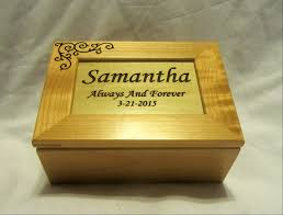 engraved keepsake box personalized wooden keepsake box wedding engagement