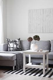 Living Room Grey Sofa by Best 25 Grey Sofa Design Ideas On Pinterest Grey Sofa Decor