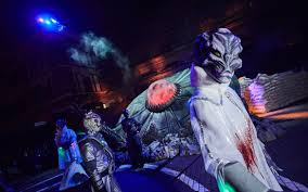 100 costumes halloween horror nights vanessa hudgens