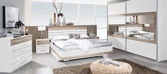meuble de chambre adulte mobilier chambre adulte complte design barcelone quartier plantes