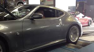 nissan 370z nismo modded sound of 370z nismo on mustang dyno with mods youtube