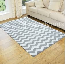 Round Chevron Rug Grey And White Chevron Rug Of Round Rugs Best Accent Rugs Wuqiang Co