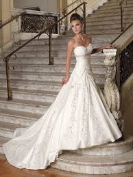 inexpensive wedding dresses marvelous cheapest wedding dresses 60 on wedding gift ideas with