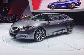 nissan maxima hybrid 2016 nissan maxima first look motor trend