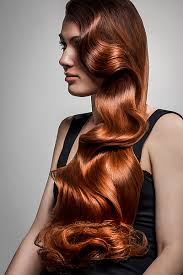 Retro Frisuren Lange Haare by Retro Frisur Für Sehr Lange Haare Zum Side Swept Gestylt Schöne