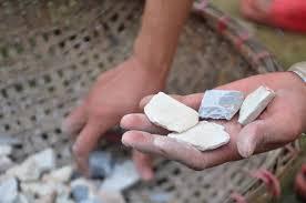 edible white dirt photos soil in vinh phuc news vietnamnet