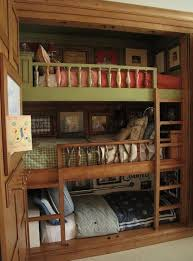 3 Bed Bunk Bed Advantages And Disadvantages Of Using 3 Bed Bunk Beds Midcityeast