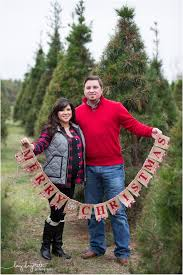 sarah and clay christmas tree farm christmas pictures league