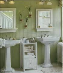 small cottage bathroom ideas pin by shannon klinefelter on cottage bathroom