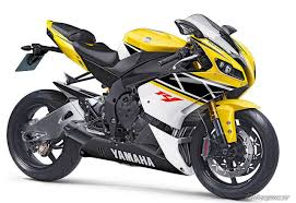 yamaha r1 wallpapers high quality yamaha yzf r1 wallpaper full hd pictures