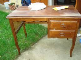 bureau repeint bureau en bois à repeindre le de bonheur du jour fr