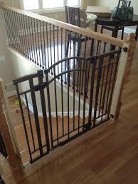 kinderschutzgitter treppe treppenschutz kindersicherung treppe schutzgitter treppe