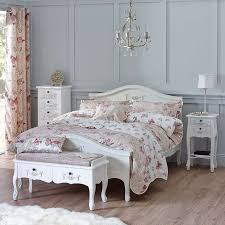 Toulouse White Bedroom Furniture Toulouse White Bench Toulouse Bedrooms And Castle Bedroom