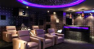 bar small entertainment room idea with big screen projector and