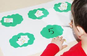 rainforest tree frog math games for preschoolers u2022 the preschool