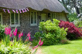 thatched cottage u0026 garden free stock photo public domain pictures