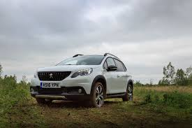 peugeot 2008 crossover peugeot 2008 gt line the compact suv that can review
