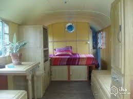 chambre insolite avec location vic la gardiole dans un hébergement insolite avec iha