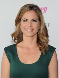 how does natalie morales style her hair natalie morales hair stylebistro