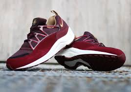 Nike Light Nike Air Huarache Light Sneakernews Com