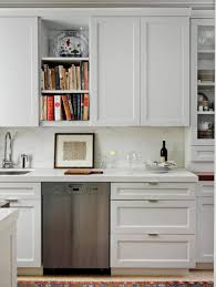 Shaker Style Kitchen Cabinets by Kitchen Enchanting White Shaker Style Kitchen Cabinet With Glass