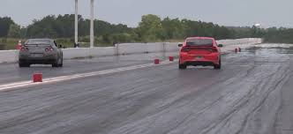 nissan gtr drag car dodge charger hellcat drag races nissan gt r with extremely close