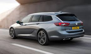 buick buick expected to replace regal sedan with 5 door hatch wagon