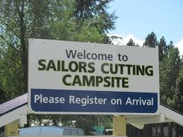 sailors cutting camping ground lake benmore waitaki valley