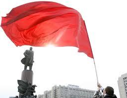 Soviet Russian Flag Vilnius Police Take Down Soviet Flags On Russia U0027s Victory Day En