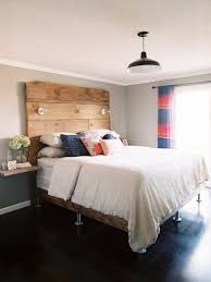 How To Make A Platform Bed Out Of Pallets - 18 gorgeous diy bed frames u2022 the budget decorator