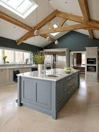 kitchens with an island best 25 kitchen islands ideas on island design kid