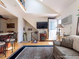 new york roommate room for rent in queens 2 bedroom duplex new york 2 bedroom duplex roommate share apartment living room ny 14751