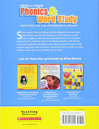 amazon com week by week phonics u0026 word study activities for the